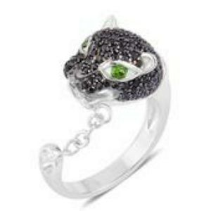 Jewelry - Sz9 Panther ring. Black Spinel/ Russian diopside